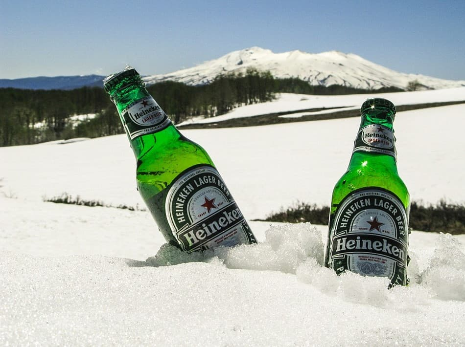 Stick your beer in snow