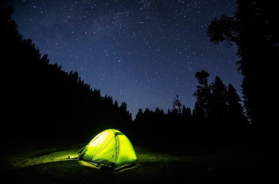 Stargazing tent setup