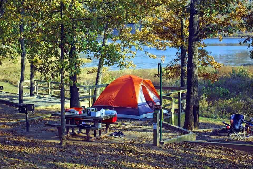 Blackout tent guide
